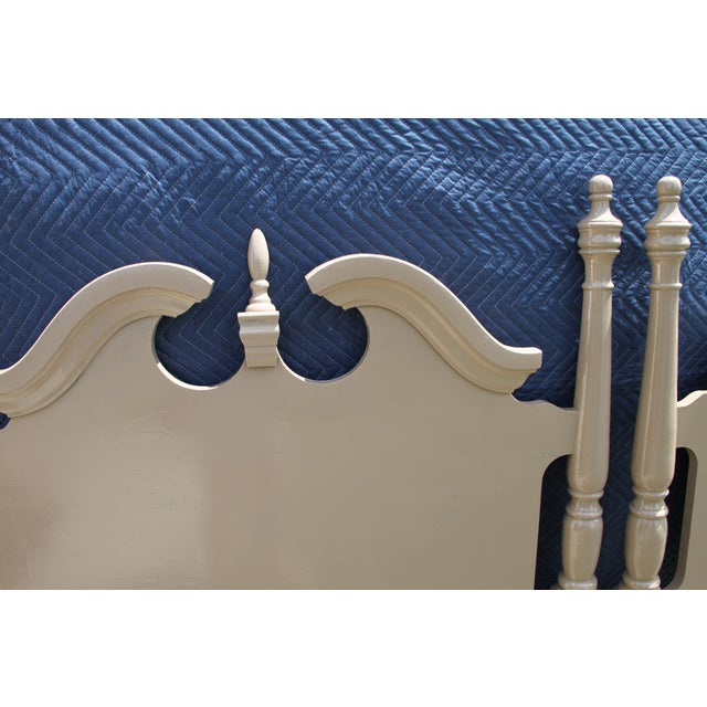 Americana Hollywood Regency Georgian Camel / Putty Gloss Twin Headboards - a Pair For Sale - Image 3 of 10