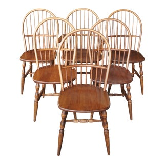 Late 20th Century Colonial Windsor Style American Bow Back Ash Wood Dining Chairs - Set of 6 For Sale
