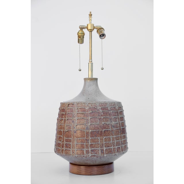 Contemporary David Cressey Pottery Table Lamp For Sale - Image 3 of 4