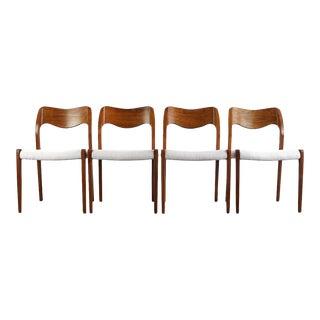 1960s Vintage Niels Møller #71 Set of 4 Oak Dining Chairs- Set of 4 For Sale