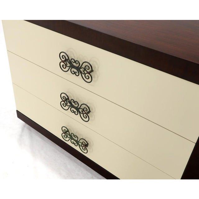 Pair of Two-Tone Mid-Century Modern Art Deco Bachelor Chests Dressers For Sale - Image 9 of 13