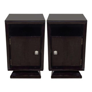 Pair of Mid-Century Modernist Plinth Base Nightstands / End Tables For Sale