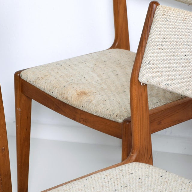 For your consideration, a set of four teak dining chairs, Benny Linden. Original upholstery. Teak wood in great condition....