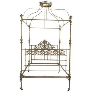19th Wide Brass Four Poster Bed With Bird Castings, Ornamental Motifs and Crown For Sale