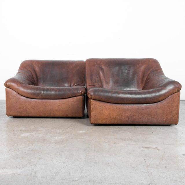 Mid-Century Modern De Sede Ds46 Buffalo Leather Loveseat For Sale - Image 3 of 7