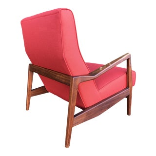 New Upholstery! Jens Risom Walnut Lounge Chair For Sale
