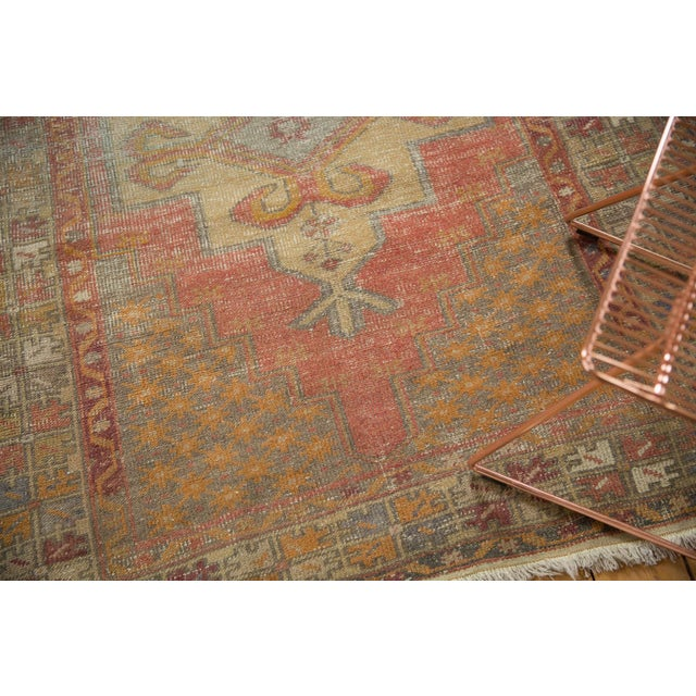 "Textile Vintage Distressed Oushak Rug - 4'7"" x 8'4"" For Sale - Image 7 of 11"