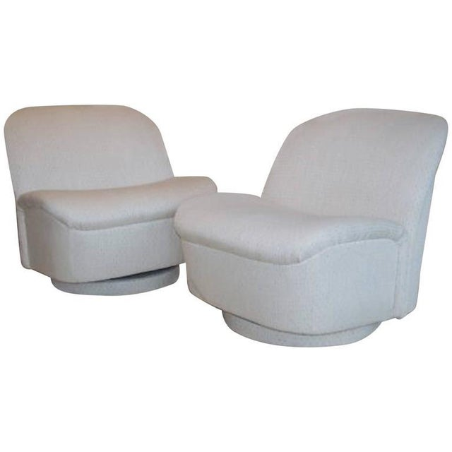 Vintage Directional White Swivel Chairs - a Pair - Image 5 of 6