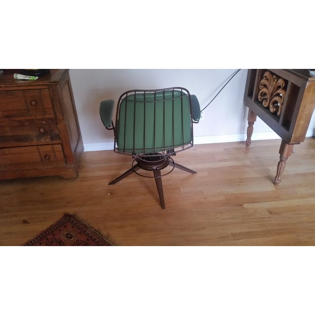 Vintage Olive Green Homecrest Wire Swivel Chair - Image 6 of 6