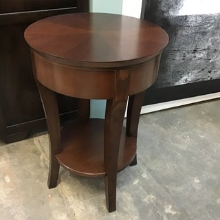 Transitional Round Side Table Preview