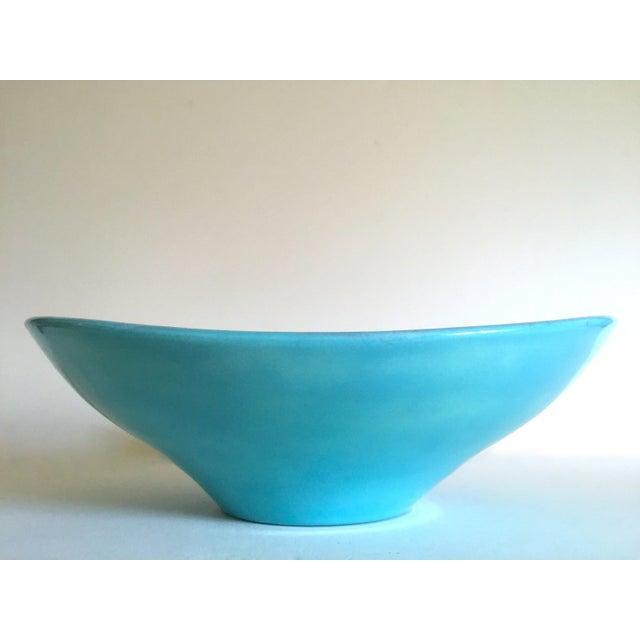 Various Artists Vintage Mid Century Modern Studio Pottery Aqua Blue Drip Glaze Oval Ellipse Ceramic Pedestal Bowl For Sale - Image 4 of 13