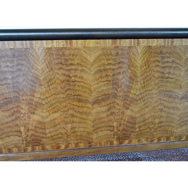 """Late 20th Century Henredon """"Splendour"""" Contemporary Art Deco Poster Bed With Book-Matched Burl Wood Head/Footboard For Sale - Image 5 of 13"""