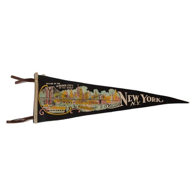 New York Wonder City Vintage Felt Flag - Image 1 of 3