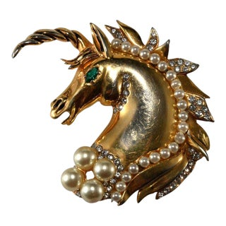 Hattie Carnegie Hc Mark Unicorn Faux Pearl & Rhinestone Brooch Pin Clip Vintage For Sale