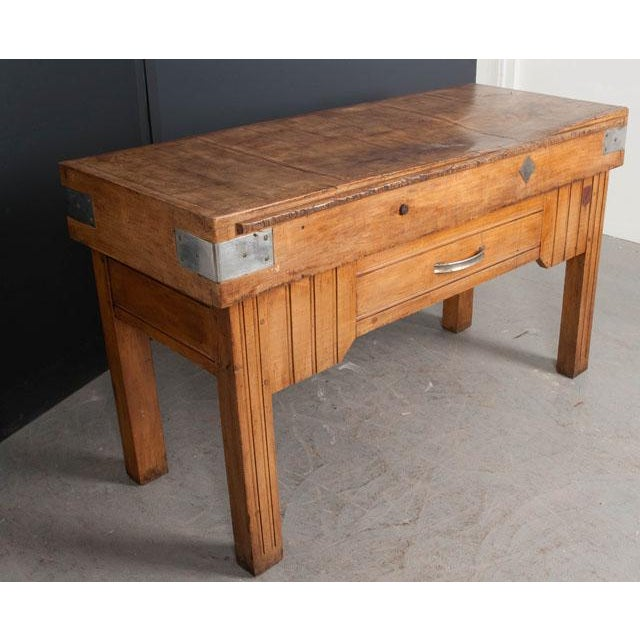 French Early 20th Century Art Deco Pine Butcher Block For Sale In Baton Rouge - Image 6 of 12