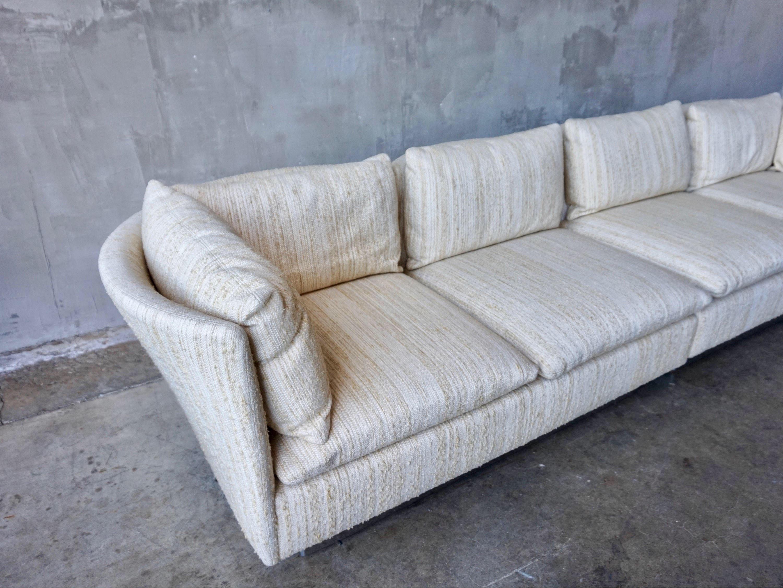 Merveilleux 1970s Milo Baughman Curved Back Sofa For Sale   Image 5 Of 9