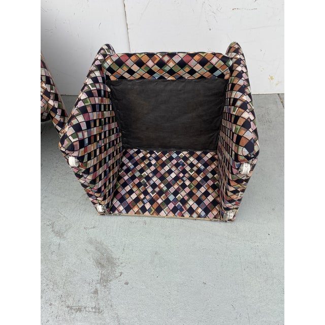 Pair of Vintage Lounge Chairs in Geometric Fabric. For Sale - Image 12 of 13