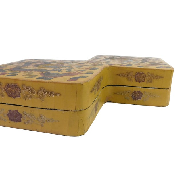 Yellow Lacquer Double Rhombus Painted Box - Image 6 of 7
