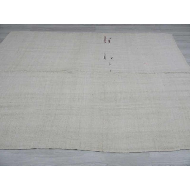 Vintgage white Turkish hemp kilim rug For Sale - Image 4 of 6