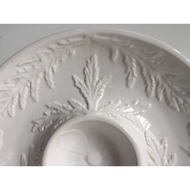 "Ceramic Bordallo Pinheiro 11""Majolica Artichoke Plate For Sale - Image 7 of 10"