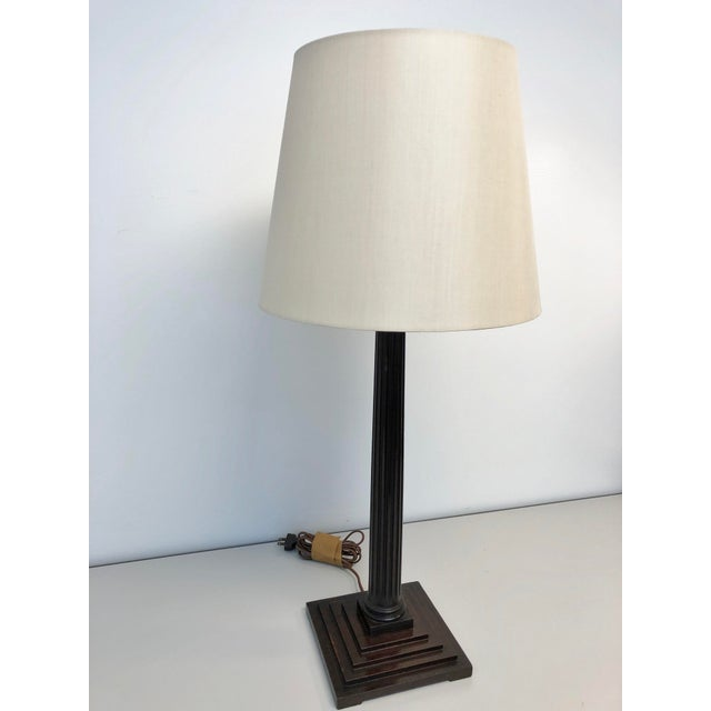 English Traditional Lee Stanton Mahogany Roman Column Table Lamp With Cream Shade For Sale - Image 3 of 8