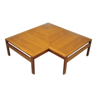 1960s Mid-Century Modern Ole Gjerlov-Knudsen & Torben Lind Moduline France & Son Corner Teak Coffee Table For Sale