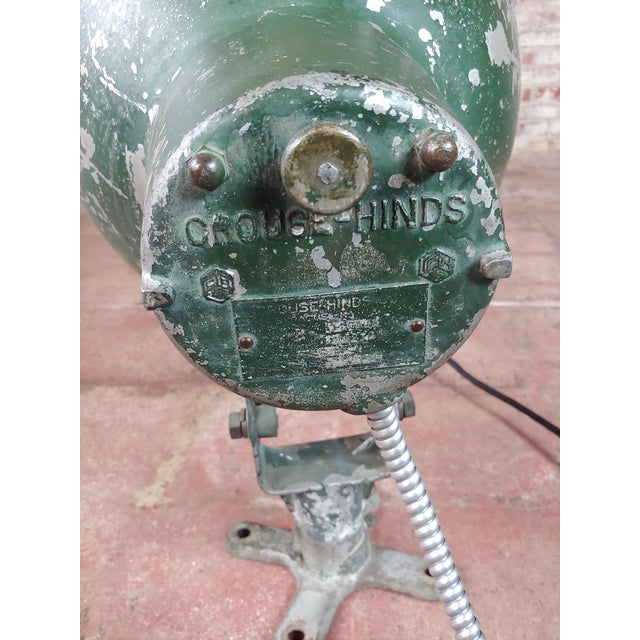 Crouse-Hinds -1930s Vintage Nautical & Industrial Spot Light For Sale In Los Angeles - Image 6 of 10