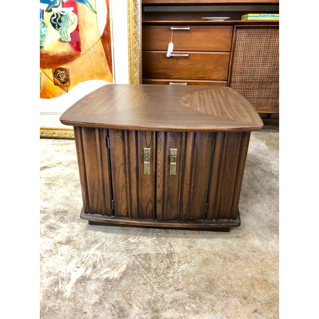 Metal Mid Century Modern Scalloped Walnut Side Table For Sale - Image 7 of 7