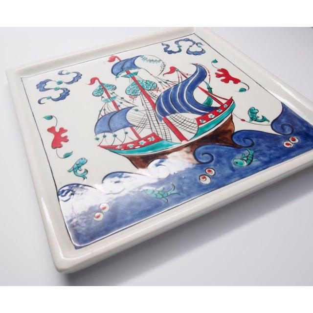"Nautical Contemporary ""Gemi"" Quartz Tray From Tamam For Sale - Image 3 of 5"