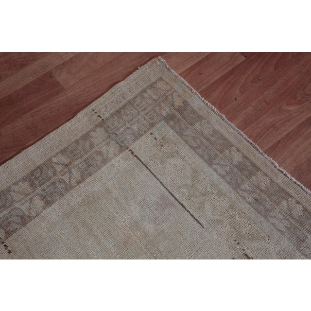 """Textile Vintage Turkish Muted Wool Rug - 3'11"""" x 5'10"""" For Sale - Image 7 of 11"""