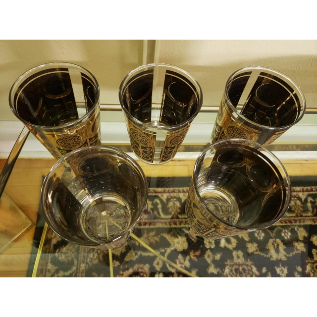 Hollywood Regency Mid-Century Libbey 1965 Black and Gold Lowball Glasses - Set of 5 For Sale - Image 3 of 4