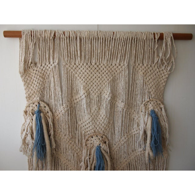 -Large, beautiful vintage wall hanging made from wool yarn and solid oak wood dowel. -Approximate dimensions: 44 wide...