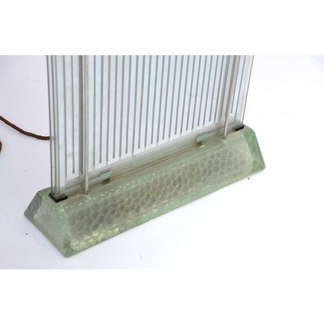1930s Museum Quality Glass Radiator by René Coulon for Saint-Gobain For Sale - Image 4 of 6