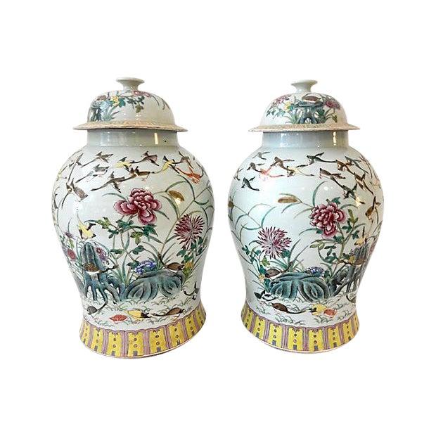 Famille Rose Ginger W/ Ducks Jars, S/2 For Sale
