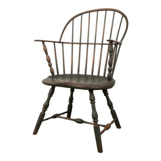 18th C. Peg Krupp Private Collection Windsor Chair #2 With Extended Arms For Sale