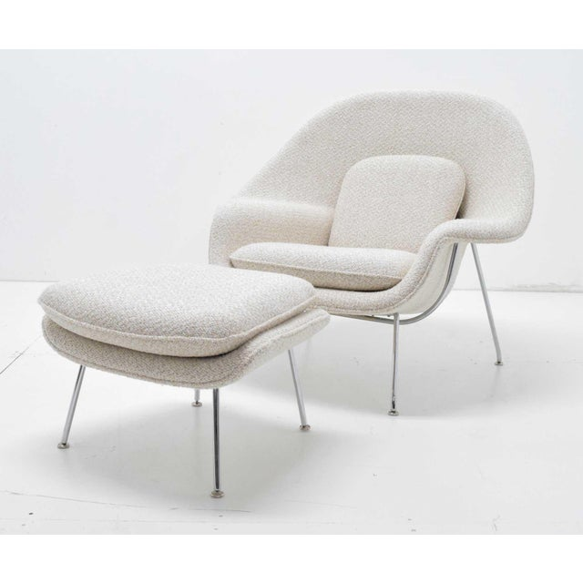 Eero Saarinen for Knoll Womb Chair and Ottoman For Sale - Image 9 of 9