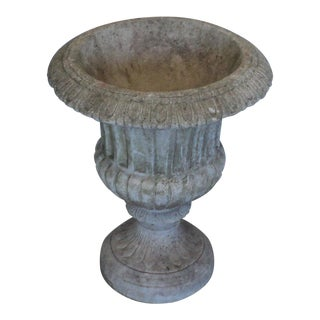 20th Century Italian Roman Neoclassical Concrete Outdoor Garden Planter For Sale