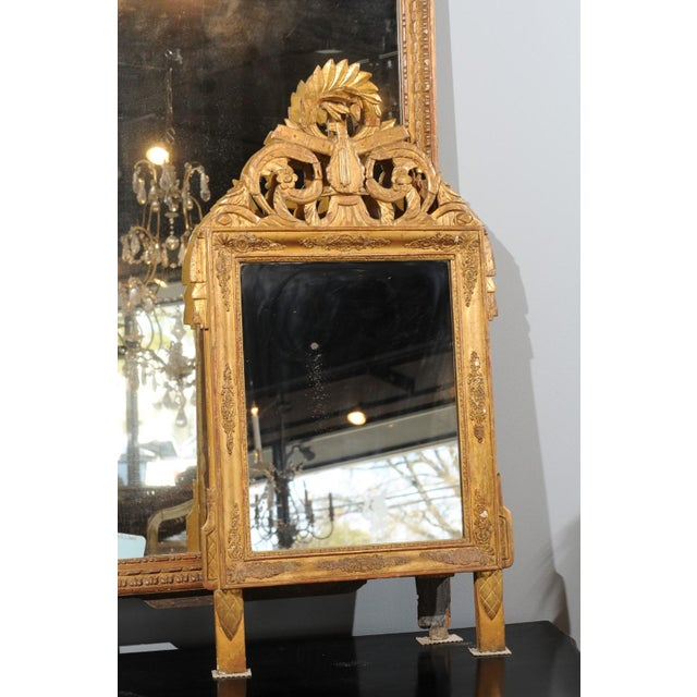 French Louis XV Style Giltwood Mirror with Hand Carved Liberal Arts Symbols For Sale - Image 4 of 10