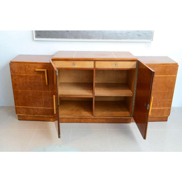 Late Art Deco Birds-Eye Maple and Maple Inlaid Credenza, Eli Jacques Kahn For Sale In Miami - Image 6 of 7