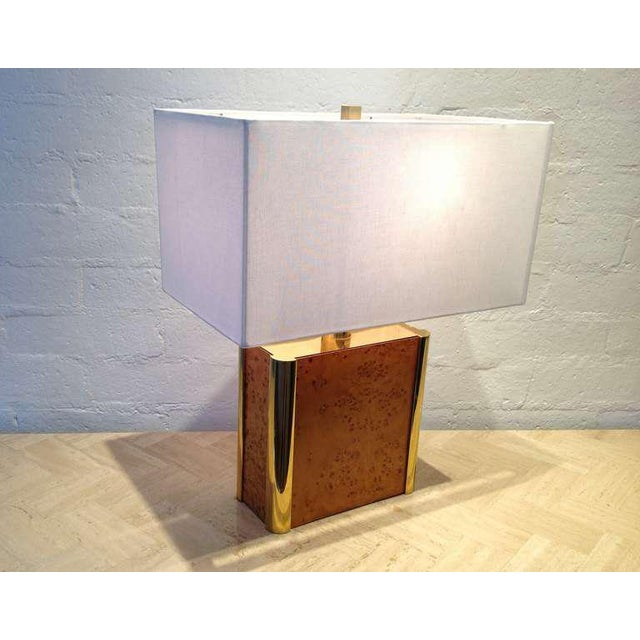 Mid-Century Modern Burl-Wood and Brass Table Lamp Designed by Milo Baughman For Sale - Image 3 of 9