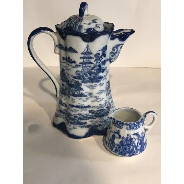 Chinoiserie Blue & White Teapot & Creamer - Image 3 of 8