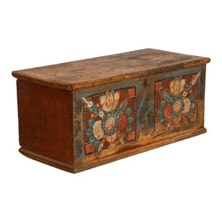 Antique Original Painted Flat Top Trunk With Bright Floral Bouquets For Sale