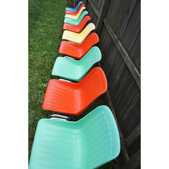 Vintage Columbia Mfg. Stacking Shell Chairs- Set of 10 For Sale In Rochester - Image 6 of 12