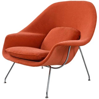 Mid-Century Modern Eero Saarinen Womb Chair by Knoll