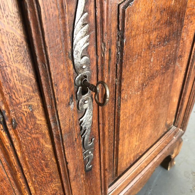Late 18th Century French Early 19th Century Louis XV Oak Buffet From Normandy For Sale - Image 5 of 13