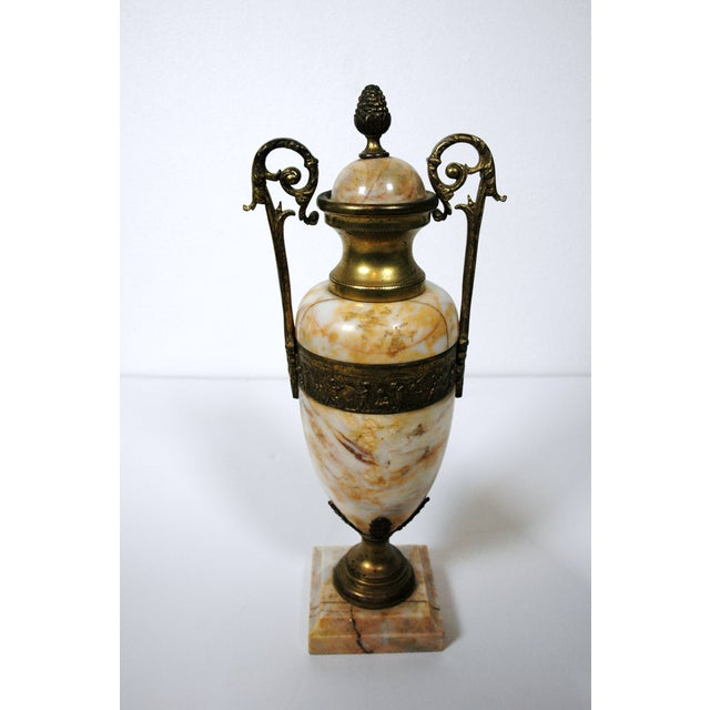 Pink Marble Urns - A Pair - Image 3 of 7