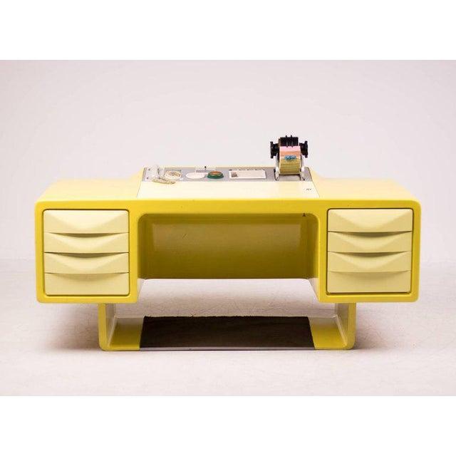 Ernest Igl Design Fiberglass Directors Desk by Wilhelm Werndl For Sale - Image 9 of 10