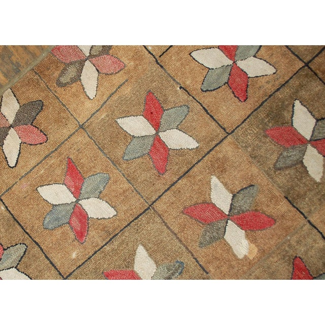1880s Hand Made Antique American Hooked Rug - 3′1″ × 5′3″ For Sale - Image 5 of 7