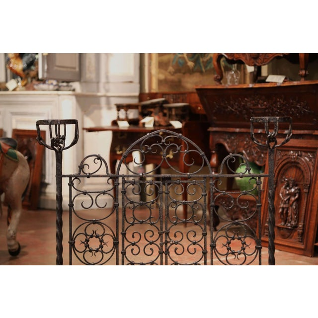 19th Century French Forged Iron Double Door Fireplace Screen With Bowl Holders For Sale In Dallas - Image 6 of 10