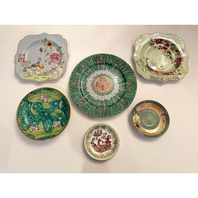 Asian Variated plate set. Spode, bone China from England, Japanese Plates. From the 20th century to 21st. Asian style in...